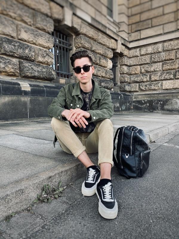 Modeblogger Pierre macht eine Sache Angst: das Erwachsensein.