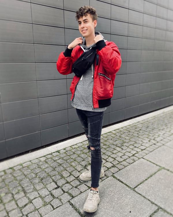 Outfit von Blogger Zeichen im Sand